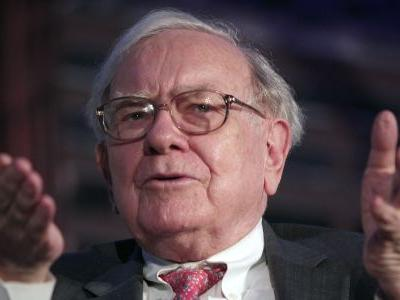 Warren Buffett's Berkshire Hathaway built an $8 billion stake in JPMorgan, then virtually eliminated it in 6 months. Here's a look at its unusual bet on the banking giant