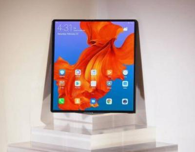 Huawei Mate X foldable phone still on schedule, 5G variant coming