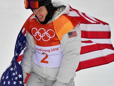 Winter Olympics 2018: Twitter drags Shaun White for dragging flag through snow