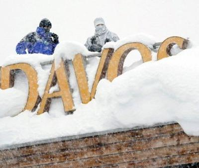 Guggenheim's investment chief has a message for investors from Davos: 'know when to get out'