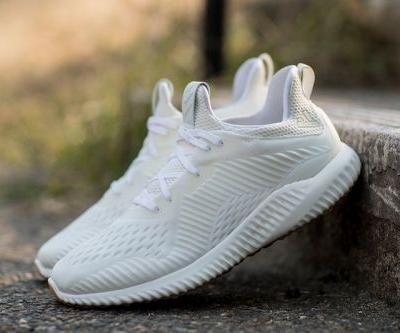 Adidas Introduces the alphabounce Undye
