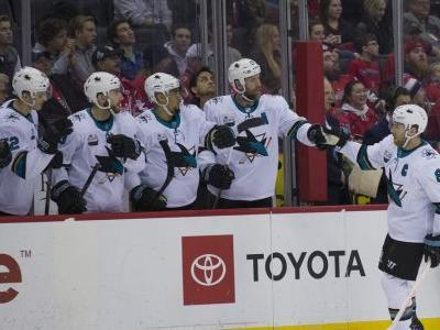Hertl completes hat trick, Sharks beat Caps 7-6 in overtime