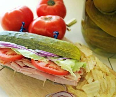 This Deli Uses Pickles Instead of Bread for Its Sandwiches