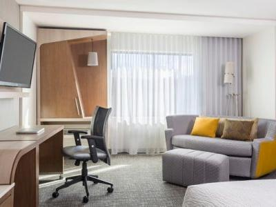 Courtyard by Marriott Baton Rouge Downtown Opens