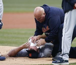 Tigers' Zimmermann bruises jaw when hit by Kipnis' liner