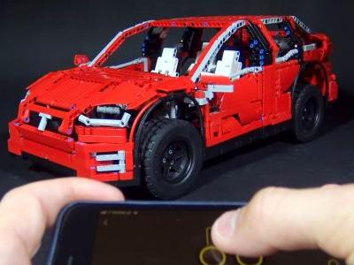 A Lego Enthusiast Has Built A Working 1:10 Scale Tesla Model X