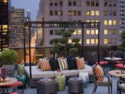 Thirsty? Here are NYC's Best Hotels with Sky Bars