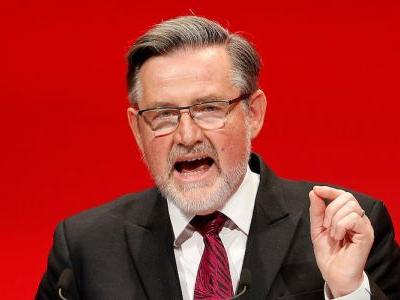 Labour MPs want Barry Gardiner sacked for saying the Irish border is being 'played up' for economic gain