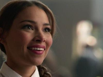 One Way The Flash's Mystery Woman Is Connected To Barry