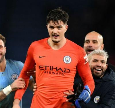 Leicester City 1 Manchester City 1 : Muric stands tall in poor shoot-out