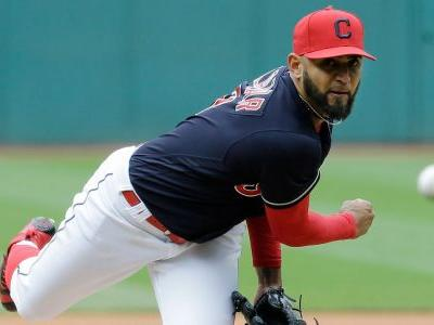 Indians avoid arbitration with Salazar, Chisenhall