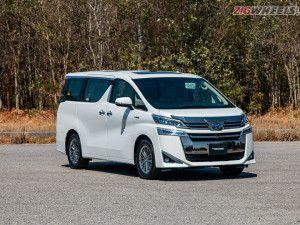 Toyota Vellfire India First Drive Review
