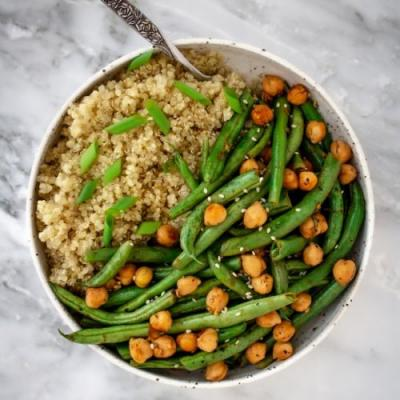 Pan-Cooked Chickpea Green Bean Bowl
