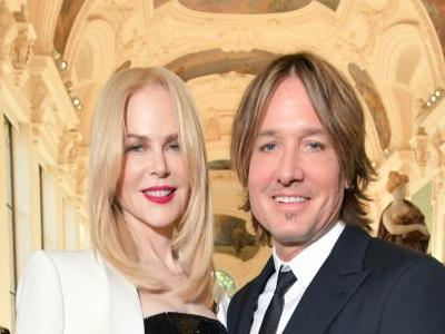 Nicole Kidman and Keith Urban Enjoy 'Weekend Full of Broadway' and Share Cuddly Pic to Prove It