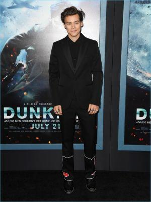 Harry Styles Suits Up in Prada & Calvin Klein for 'Dunkirk' Red Carpet