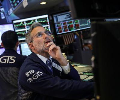 Wall Street slumps as investors dump tech stocks