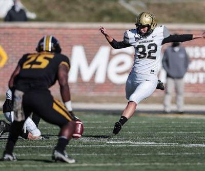 Vanderbilt's Sarah Fuller named SEC Special Teams Player of the Week