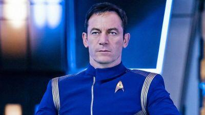 A New Photo Introduces Star Trek Discovery's Captain Lorca