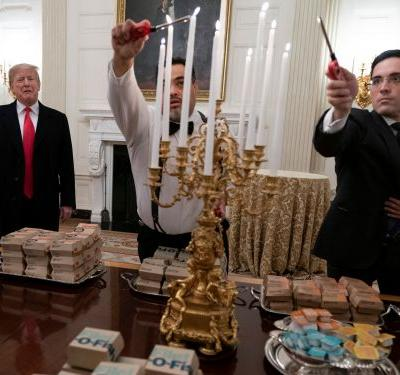 Trump is serving the Clemson football team Wendy's and McDonald's in the White House. Here's the history behind the president's fast-food obsession