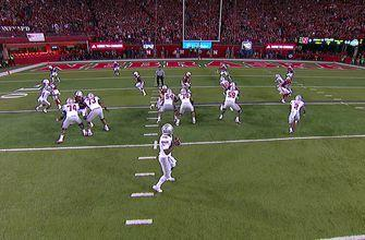 Ohio State's J.T. Barrett connects for a 16-yd touchdown
