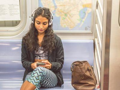 The perfect books to listen to on every type of commute