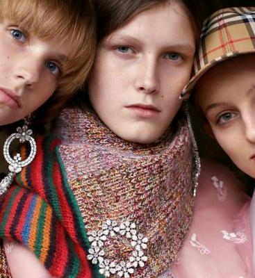 Burberry September 2017: East-End Boys and West-End Girls