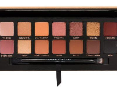 Create 5 Last-Minute Halloween Looks Using the Soft Glam Palette!