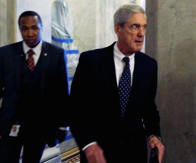 'He was thrown to the wolves': Former FBI agents defend Mueller team investigator at the center of controversy