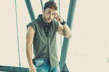 Prince Royce Crowns Latin Airplay Chart For the 11th Time With 'El Clavo'