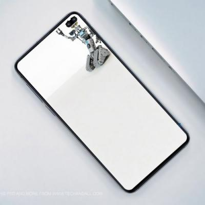 These Wallpapers Mask Embrace Galaxy S10's Display Hole(s): Download