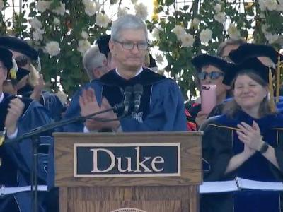Apple CEO Tim Cook encourages Duke graduates to be 'fearless' like the women of MeToo and the Parkland shooting survivors