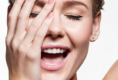 Blackhead Vacuums Are The Latest Pore-Cleaning Tools to Break the Internet