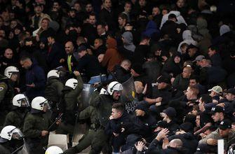 Greece: Clashes break out ahead of Champions league game