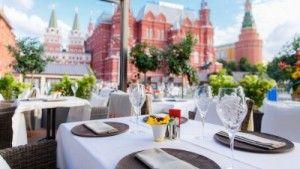 Four Seasons Hotel Moscow Unveils a Trendy New Summer Spot Steps Away from the kremlin
