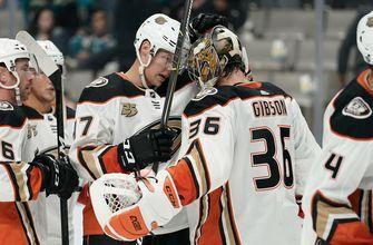 Ducks avenge playoff sweep, score four unanswered to steal opener