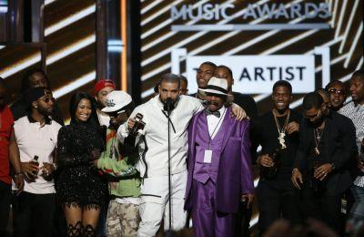 Billboard Music Awards: Top 5 moments, from Drake to Celine Dion; complete list of winners