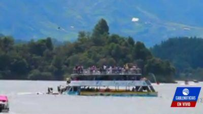 Tourist boat sinks in Colombia; 9 dead, 28 missing
