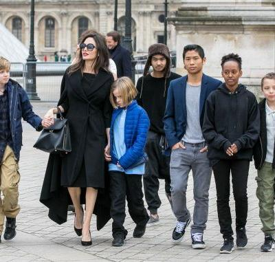 Angelina Jolie and Her 6 Kids Had the Cutest Museum Day in Paris