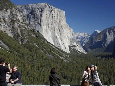 Amid government shutdown, National Park Service reportedly to take unprecedented step of tapping entrance fees to maintain lands