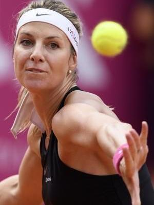 Top-seeded Cornet beats Minella in Gstaad clay-court final