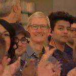 "Tim Cook ""thrilled"" with Apple iPhone 8/8 Plus and Apple Watch sales as he visits Palo Alto Apple Store"