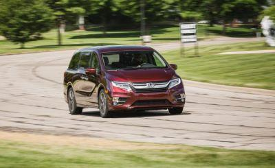 2018 Honda Odyssey 10-speed Automatic Tested: With a Van Like This, Who Needs a Crossover?