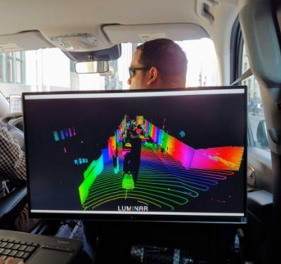 Luminar's lidar gives self-driving cars laser vision
