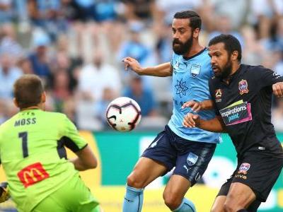 Sydney FC beat Newcastle to stay in touch in A-League title race