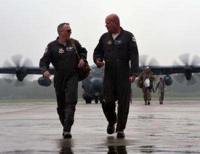 Combat-search-and-rescue Airmen press pause to tackle Hurricane Florence aftermath