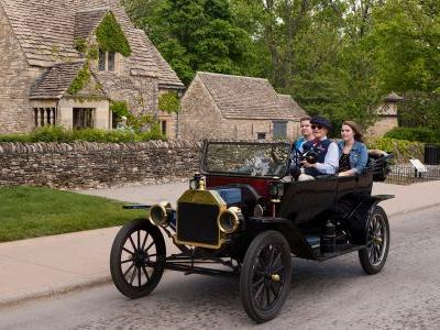 Four-Wheel Mania in the Motor City: 5 Detroit Attractions for Auto-Loving Kids