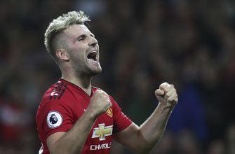Man United beats Leicester 2-1 in Premier League opener