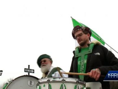 St. Patrick's Day parade rolls through downtown Des Moines