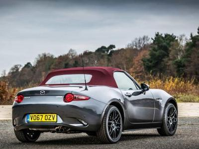 The Mazda MX-5 Z-Sport Wants To Woo You With A Fancy Roof And BBS Wheels