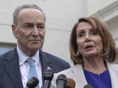 Top Democrats call on Robert Mueller to publicly testify before Congress